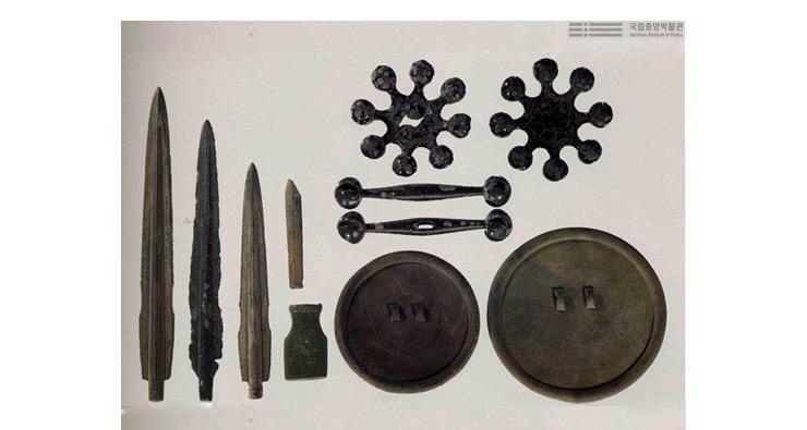 화순 대곡리 유적에서 출토된 유물들. 1971년 발굴된 이 유물들은 국보 제 143호로 지정되었다.